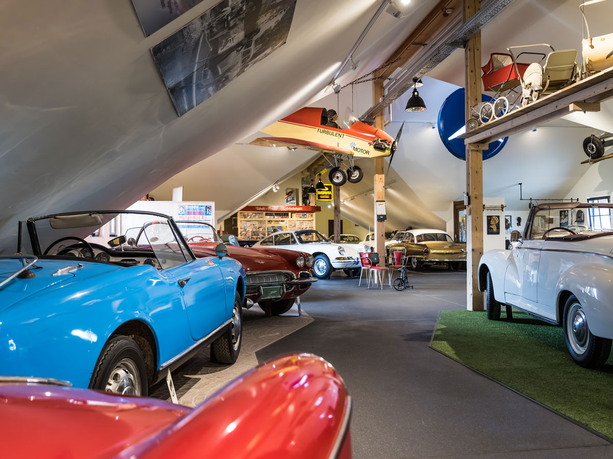 ferienwohnung-in-unteruhldingen-freizeit-tips-auto-traktor-museum-01